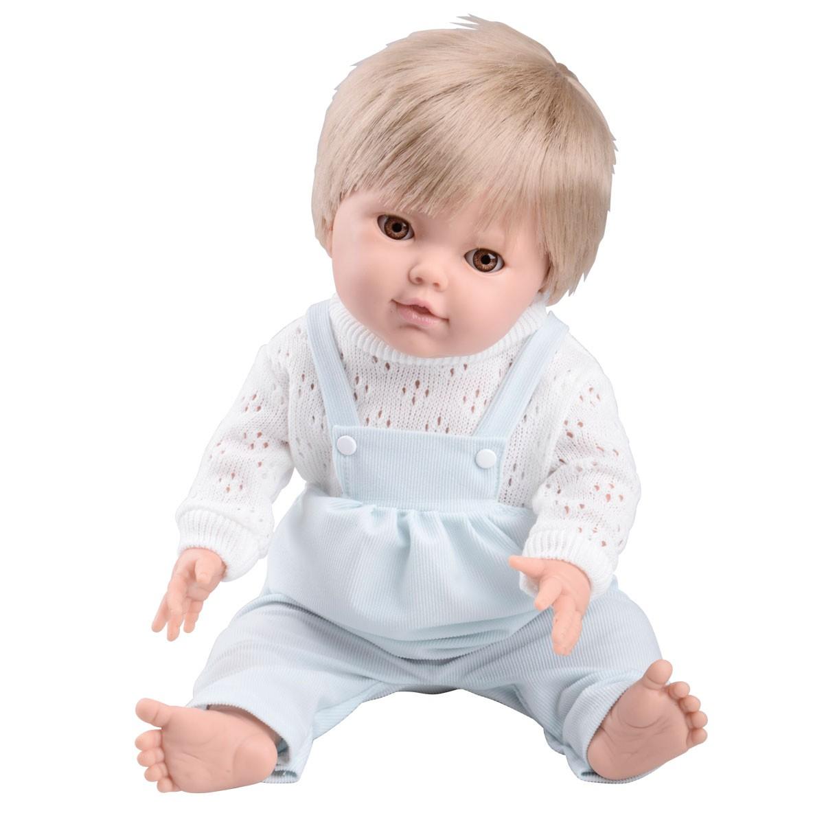 Physio Baby, mit männlicher Kleidung